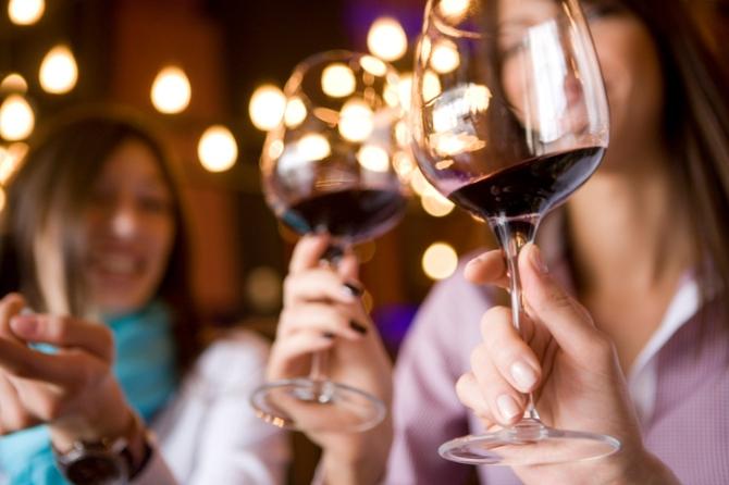 Mujeres vino